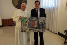 el Papa Francisco recibió del vicegobernador de la Provincia de Buenos Aires Gabriel Mariotto, un cuadro del artista Horacio Sanchez Fantino, representando la villa 21
